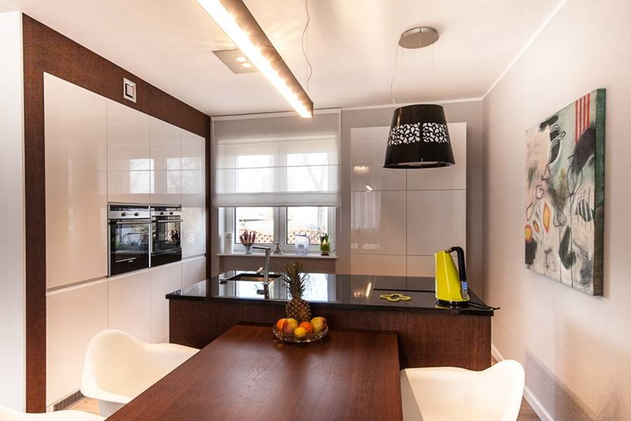 Salon otwarty na kuchni architektura wn trza for Kuchnia polaczona z salonem