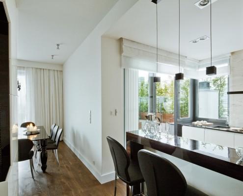 Projekt nowoczesnej kuchni z wyjściem na taras