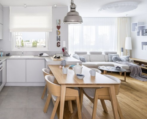 Salon otwarty na kuchnię - kuchnia z salonem