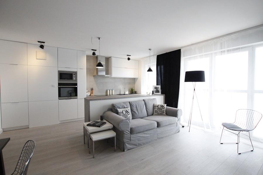 Po czenie kuchni i salonu w nowoczesnym stylu for Polaczenie kuchni z salonem
