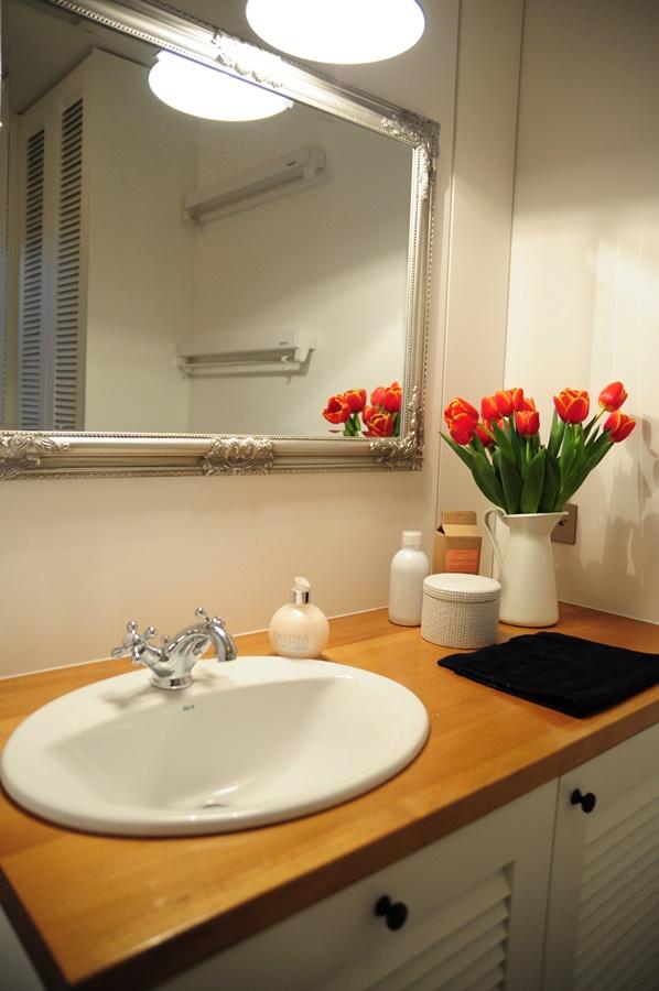 Łazienka w stylu skandynawskim - Architektura, wnętrza, technologia, design - HomeSquare