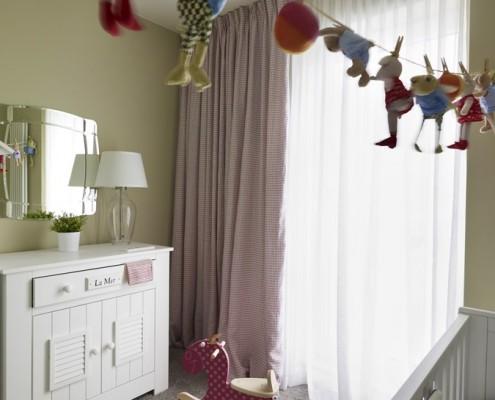 Jasne barwy w pokoju dziecięcym
