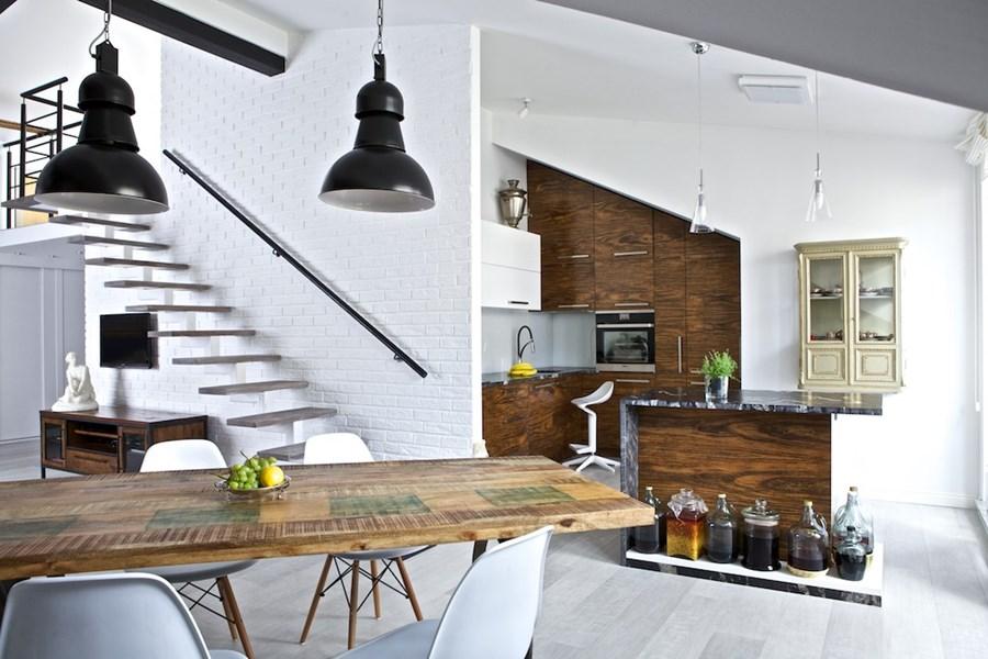 Salon na poddaszu połączony z kuchnią  Architektura   -> Kuchnia W Salonie Aranżacje
