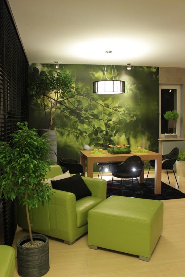 salon w zieleni z tęsknoty do natury inspiracja