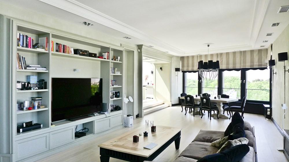 Jadalnia w salonie styl eklektyczny architektura for Sufit podwieszany w salonie