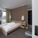 Przytulna sypialnia w beżach