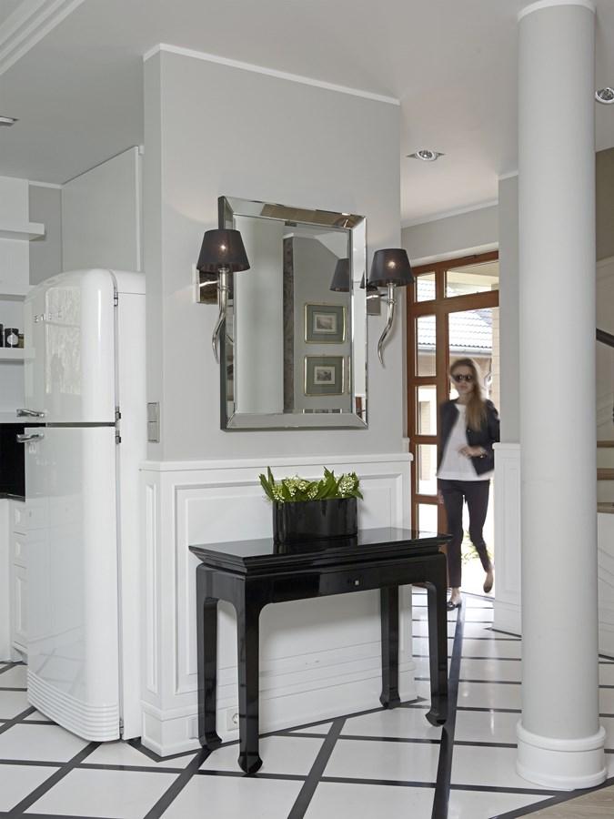 Kuchnia w stylu klasycznym  Architektura, wnętrza   -> Kuchnia Otwarta Na Przedpokój