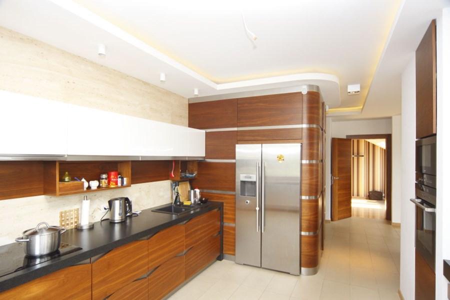 Nowoczesna kuchnia w drewnie  Architektura, wnętrza   -> Kuchnia Nowoczesna Z Drewnem
