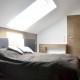 Mała sypialnia na poddaszu