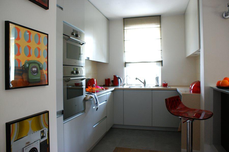 Salon w stylu vintage połączony z kuchnią  Architektura   -> Mala Kuchnia W Bloku Z Salonem