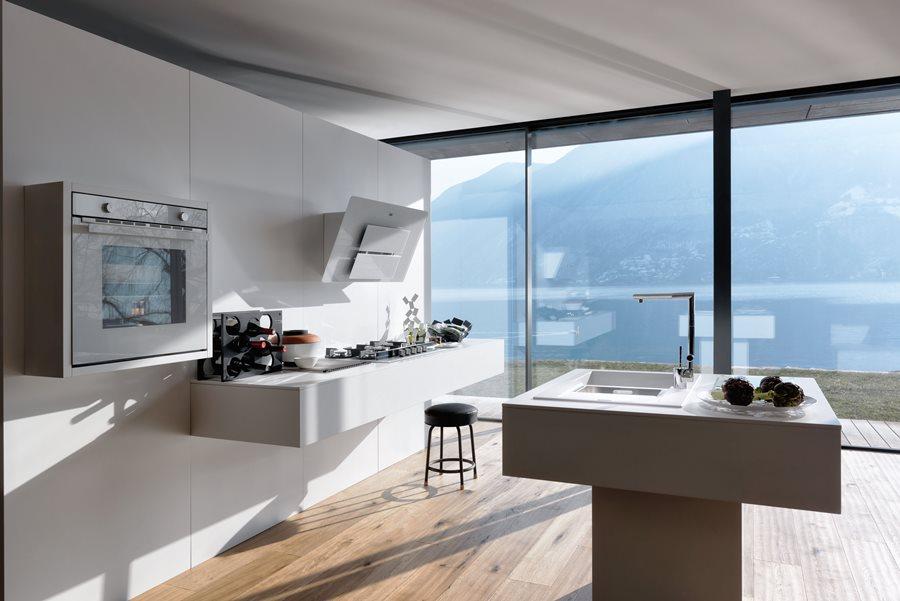 Nowoczesne wyposażenie kuchni w bieli  Architektura