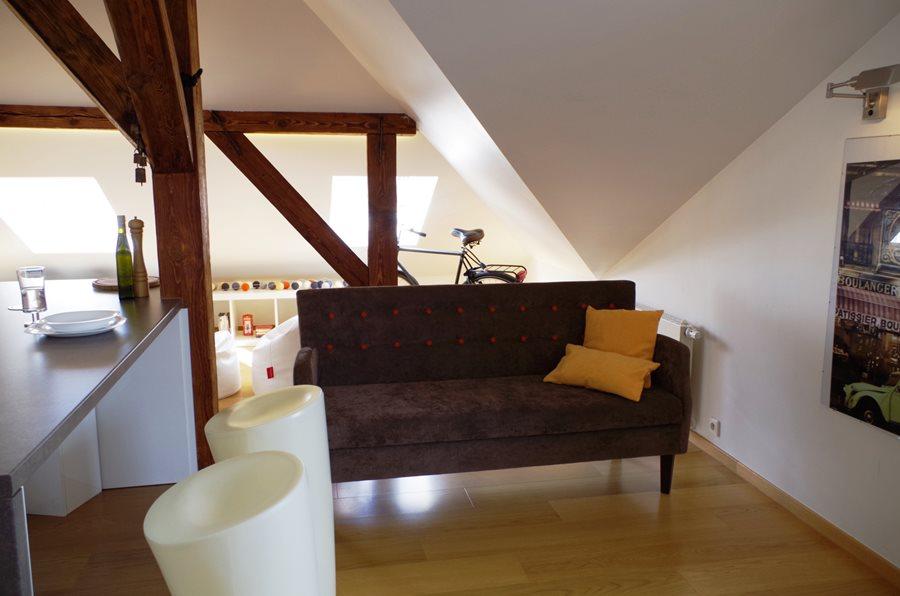 Salon z kuchnią na poddaszu  Architektura, wnętrza, technologia, design  Ho