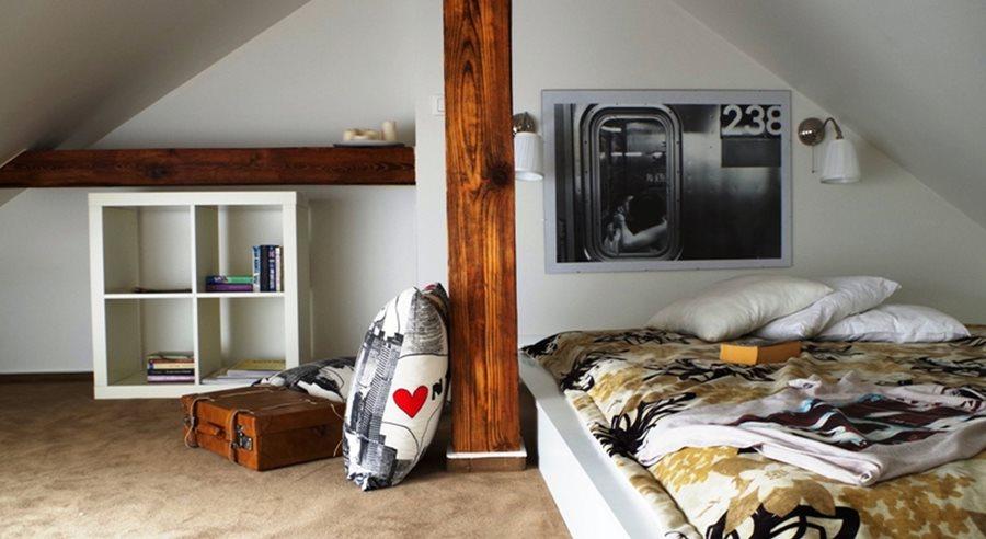 sypialnia na poddaszu inspiracja homesquare