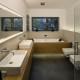Podłużna łazienka - styl nowoczesny
