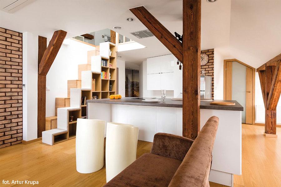Salon z kuchnią na poddaszu  Architektura, wnętrza, technologia, design  Ho   -> Salon Kuchnia Na Poddaszu