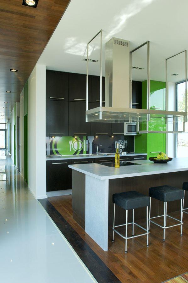 Nowoczesna kuchnia z wyspą  Architektura, wnętrza   -> Kuchnia Barek Wyspa