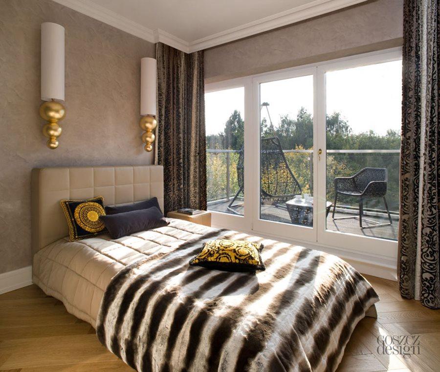 Szykowna sypialnia z balkonem - Architektura, wnętrza, technologia, design - HomeSquare