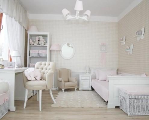 Beżowy pokój dziecięcy