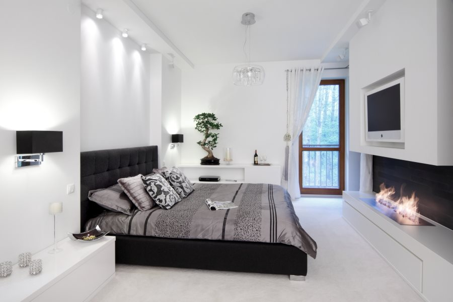 Nowoczesna sypialnia z kominkiem - Architektura, wnętrza, technologia, design - HomeSquare