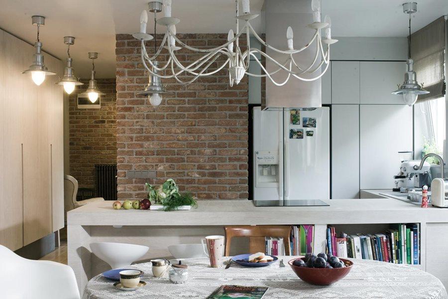 Eklektyczny salon z kuchnią  Architektura, wnętrza   -> Kuchnia I Cegla