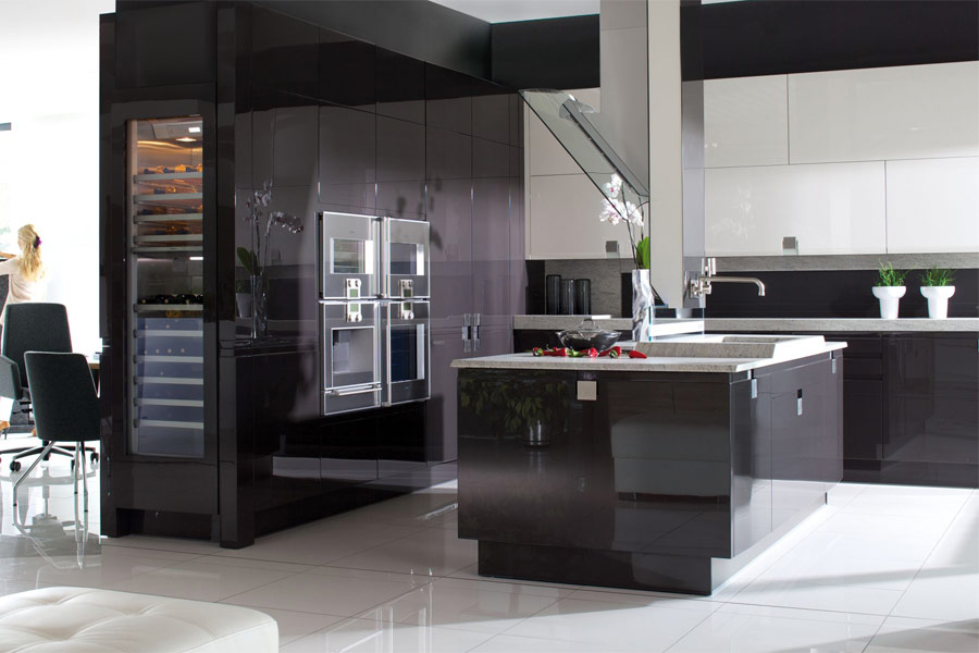 Biało czarna kuchnia na wysoki połysk  Architektura   -> Kuchnia Bialo Czarna Z Barkiem