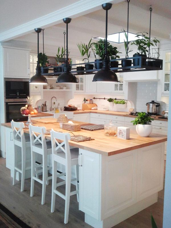 Biała kuchnia z wyspą  Architektura, wnętrza, technologia   -> Kuchnia Z Wyspą Ikea
