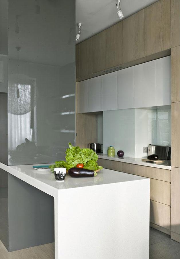 Salon w szarościach z kuchnią i jadalnią  Architektura, wnętrza, technologia   -> Kuchnia W Szarościach Inspiracje