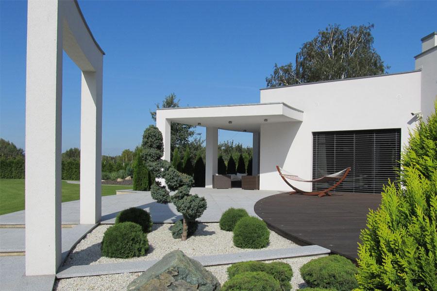 Nowoczesny bungalow - nowoczesne ogrody