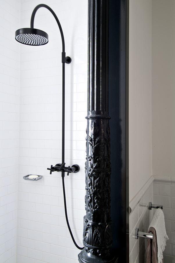 azienka w eklektycznym stylu architektura wn trza. Black Bedroom Furniture Sets. Home Design Ideas