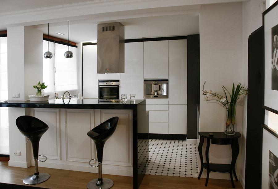Czarno białe wnętrze w stylu modern classic  Architektura, wnętrza, technolo