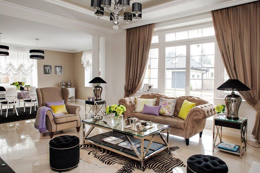 Elegancki salon modern classic - poduchy i poduszki