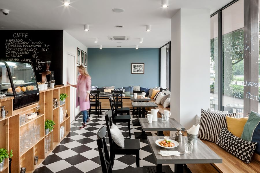 Aranżacja pubu lo Raviolo