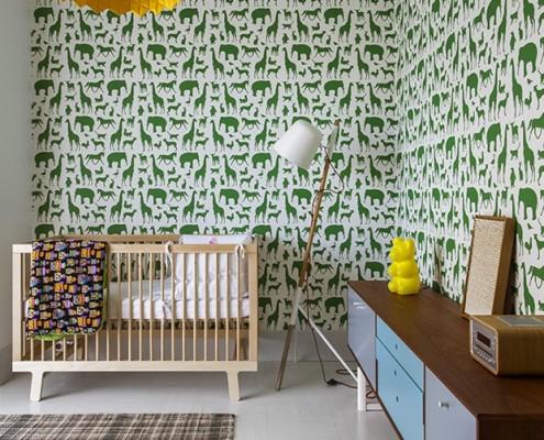 Pokój niemowlęcy z kącikiem dla matki