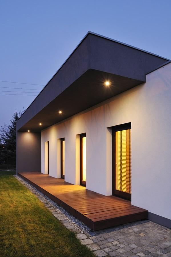 Zęwnetrzne oświetlenie domu