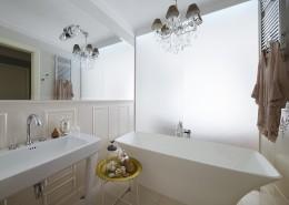 Umywalka nawiązujaca to klasycznych wzorów