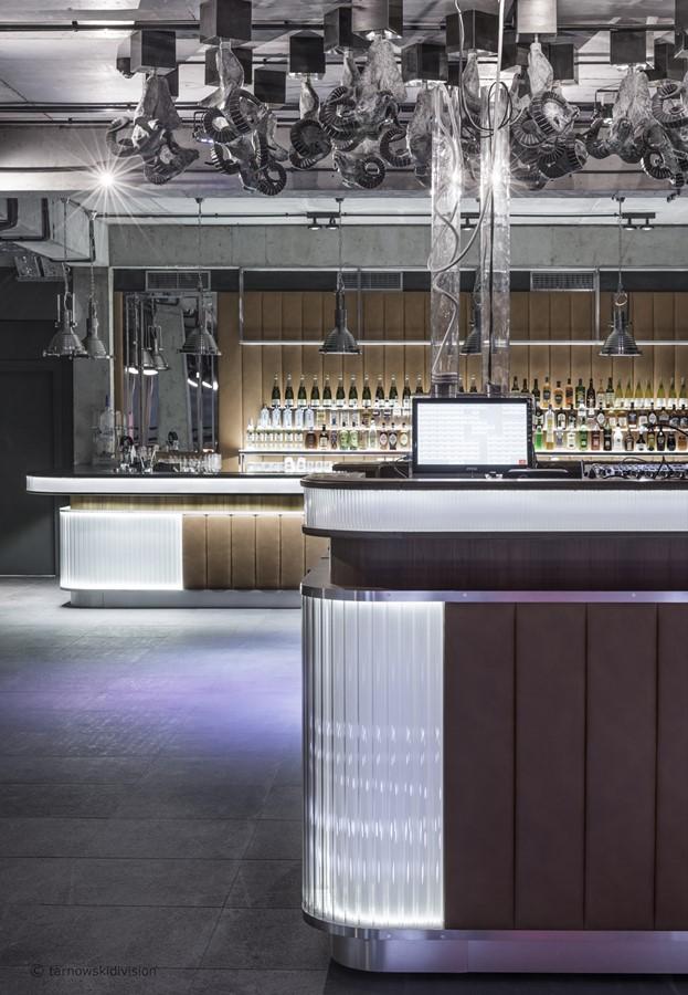 Bar w eklektycznym stylu Szymon Tarnowski