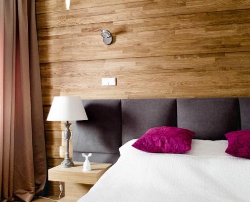 Drewno w nowoczesnej sypialni drewniane panele