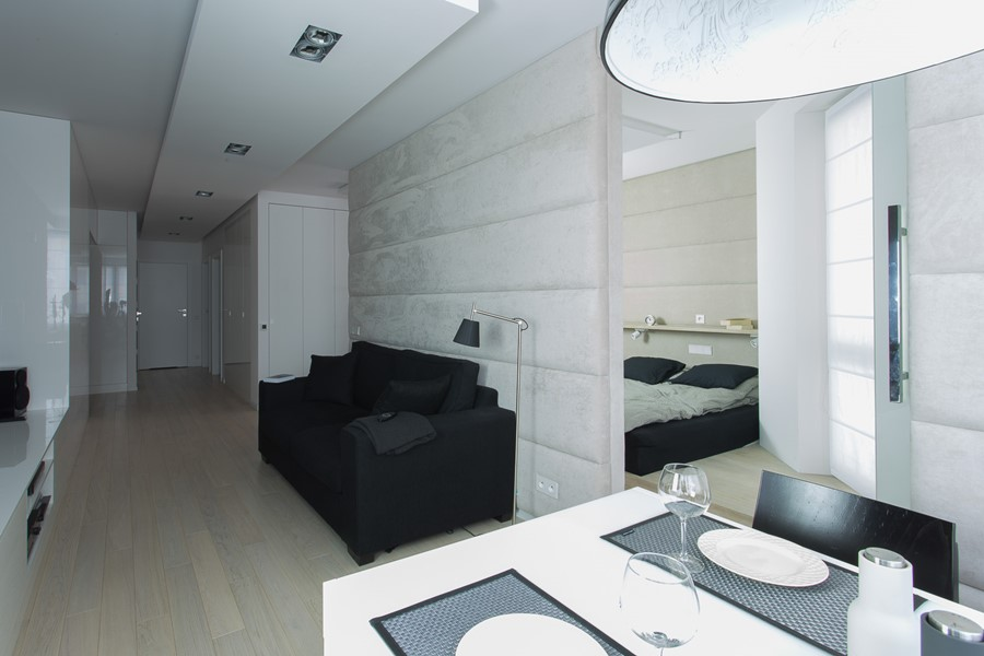 Aranżacja małego mieszkania w bieli