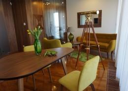 Mały eklektyczny salon w apartamencie