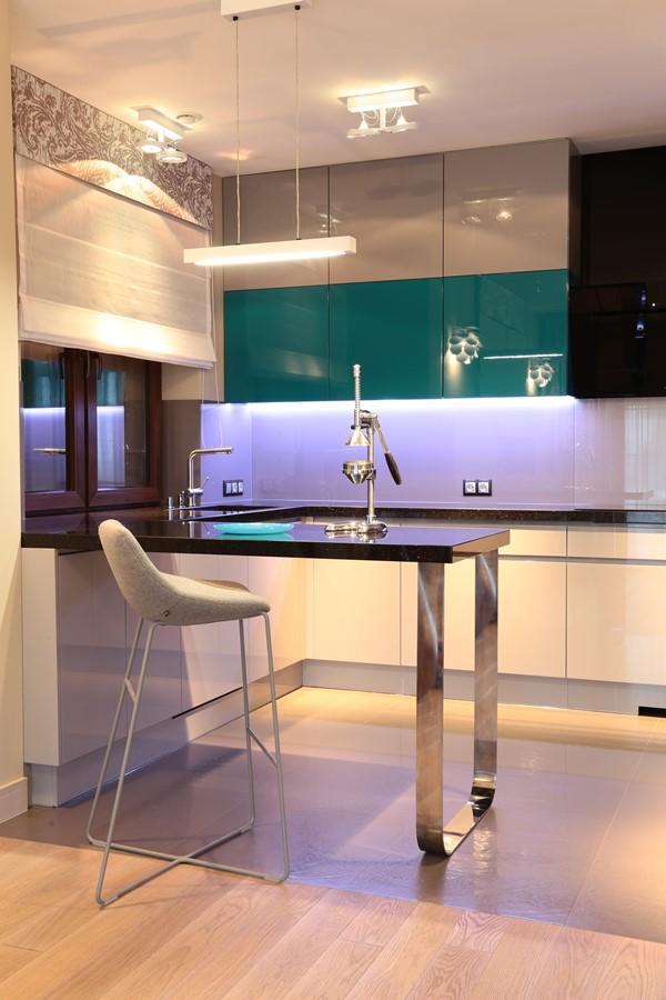 Otwarta kuchnia na wysoki połysk  Architektura, wnętrza, technologia, design   -> Kuchnia Wanilia Na Wysoki Polysk