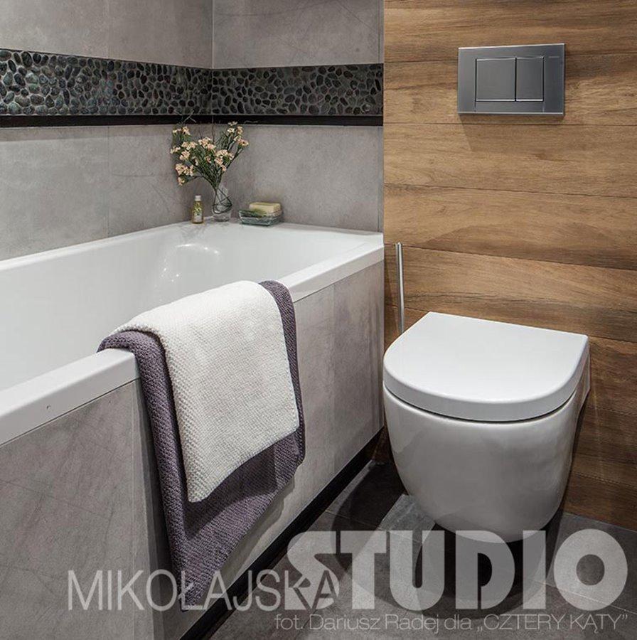 Brązowo Szara łazienka Z Wanną Inspiracja Homesquare