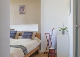 Mała sypialnia w mieszkaniu styl nowoczesny