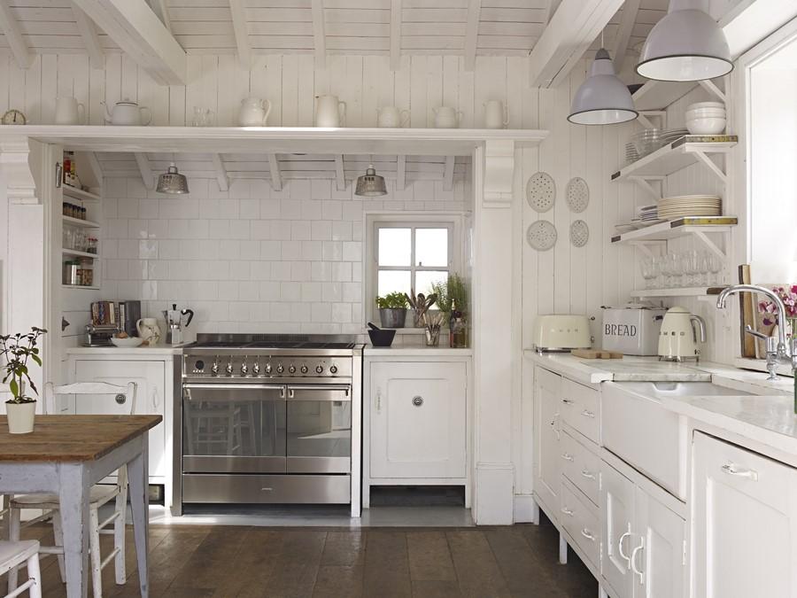 Rustykalna kuchnia w bieli  Architektura, wnętrza, technologia, design  Hom   -> Kuchnia Gazowa Retro Wolnostojąca