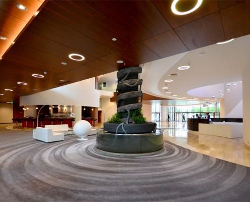 Ekskluzywne lobby w hotelu Narvil Rybaszkiewicz
