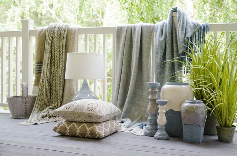 Pledy i poduszki dekoracyjne - wymarzony ogród