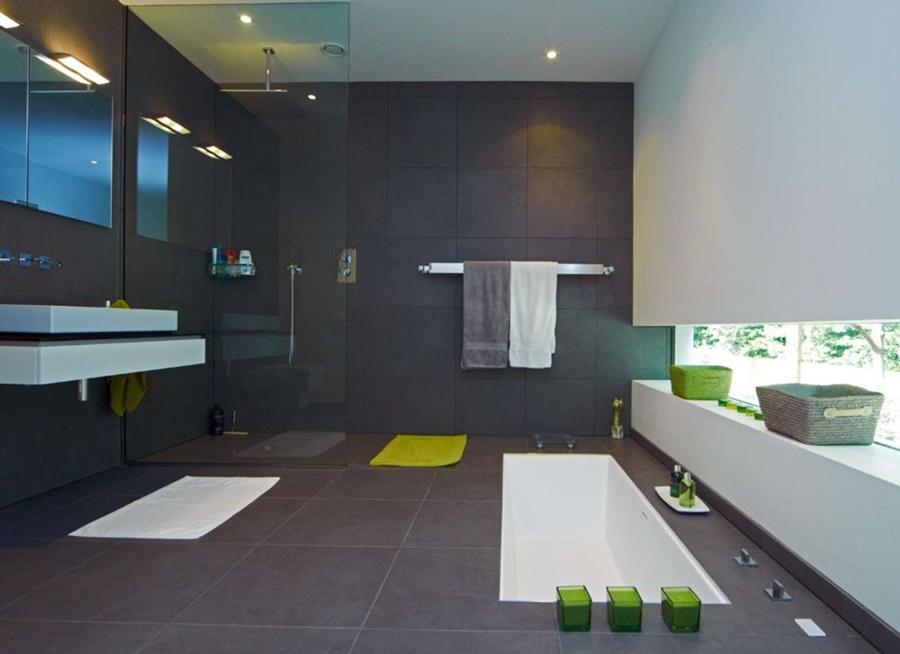 Dom w bieli Western Design Architects łazienka