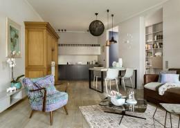 Eklektyczny salon z aneksem kuchennym Poco Design