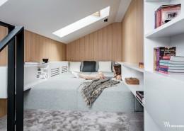 Mała sypialnia na poddaszu Bartek Włodarczyk