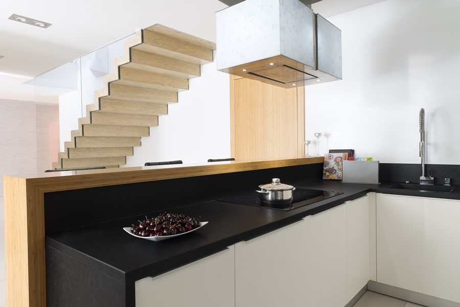 Otwarta kuchnia z barem  Architektura, wnętrza