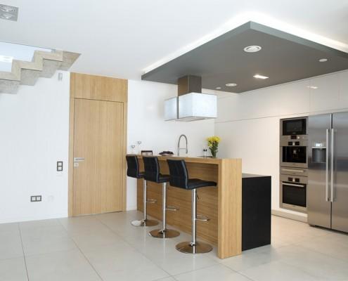Otwarta kuchnia z barem Minimoo